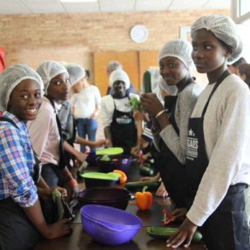 Deux nouveaux collèges participent au programme d'éducation culinaire !