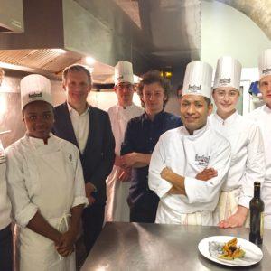 Jour 1 - Au Refettorio, avec les élèves de Ferrières, l'école de l'excellence à la française, Paris