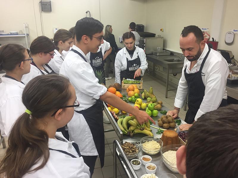 Avec le chef Amiénois Nicolas Medkour, lancement des Brigades Culinaires au Collège Victor Hugo de Ham le 28 janvier 2020